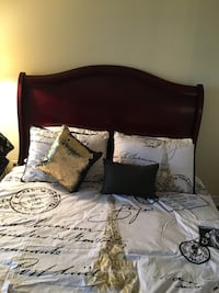 Queen size Real wood slaigh Bed and Frame .  Brampton, L6Y 5J9