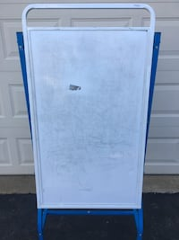 Rolling whiteboard easel Reston
