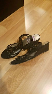 Black Sandals 7.5 Chicago, 60634
