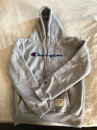 Authentic Champion hoodie - unisex small Barrie, L4M 8J7