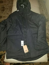 Brand new vans winter jacket  Montréal, H4V 1X7