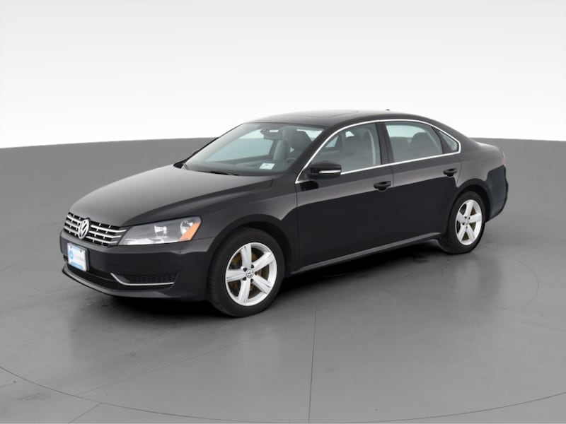 2013 VW Volkswagen Passat sedan TDI SE Sedan 4D Black  2