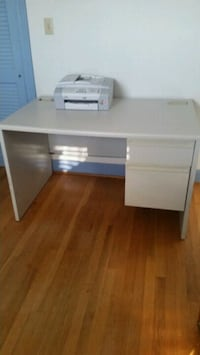 Metal Desk Hertford, 27944