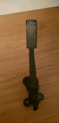 Gas pedal assembly for 2009 caliber  478 km