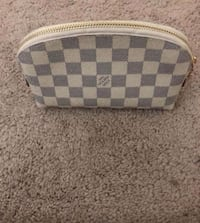 LV Makeup Pouch Sterling, 20165