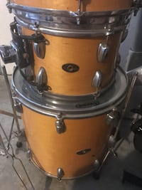 used slinquerland drums 4 toms bass and snare 27 years old for sale in brooksville letgo. Black Bedroom Furniture Sets. Home Design Ideas