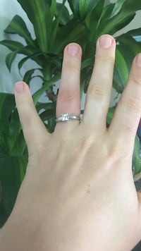 Silver and diamond solitaire ring Ottawa, K1L 5N1