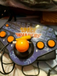 Space invaders plug into tv game Welland, L3C 7A9