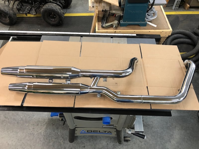2003 Harley Davidson Softail Deuce stock Exhaust. baffles are cut out. aaa684f0-183d-4635-96d3-bfcb2d87f61d