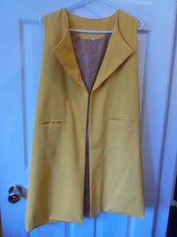 size large long vest new $8.00 Central Okanagan