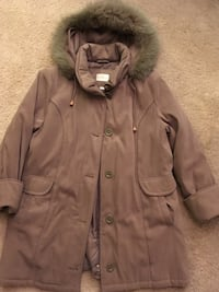 Ladies Size 14 Coat  Calgary, T2V