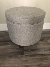 "storage ottoman 18""W-17""H BRAND NEW Vancouver, 98682"