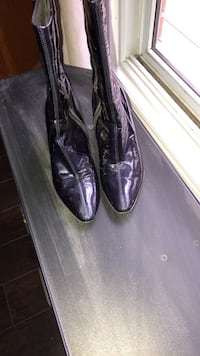 Purple weatherproof made in Italy designer boots size 8 Wilmot, N3A