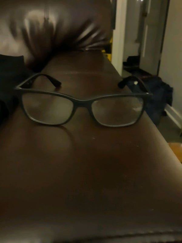ray band. seeing glasses 86381d08-8028-44c8-92f8-6b2c7142afcf