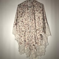 VS Floral and Lace Kimono Menands, 12204