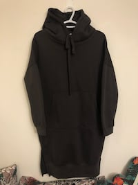 black zip-up hoodie Toronto, M6K 0A4