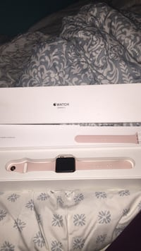 Rose gold apple watch with pink wrist band New York, 10305