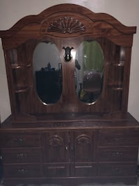 Vintage Dresser Wt Detatchable Dual Mirrors New York, 10453