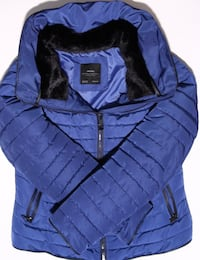 Almost like NEW Women's Zara Puffer with Fur lined collar (Size M) Mississauga, L5M