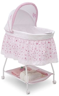 baby's white and pink bassinet Lorton, 22079