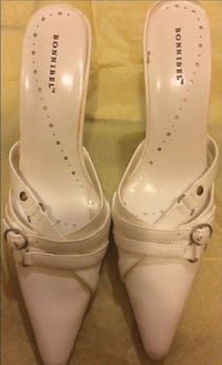 Bonnibel shoes size 6 Like new Color white Arlington, 22205