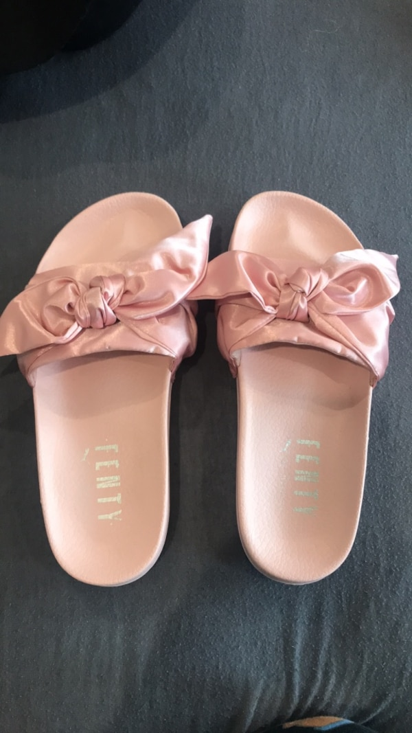 new style fc402 592b4 FENTY — pink bow slides SIZE 9