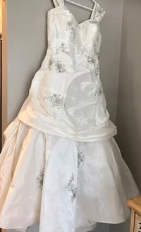 Wedding Dress Locust Grove, 22567