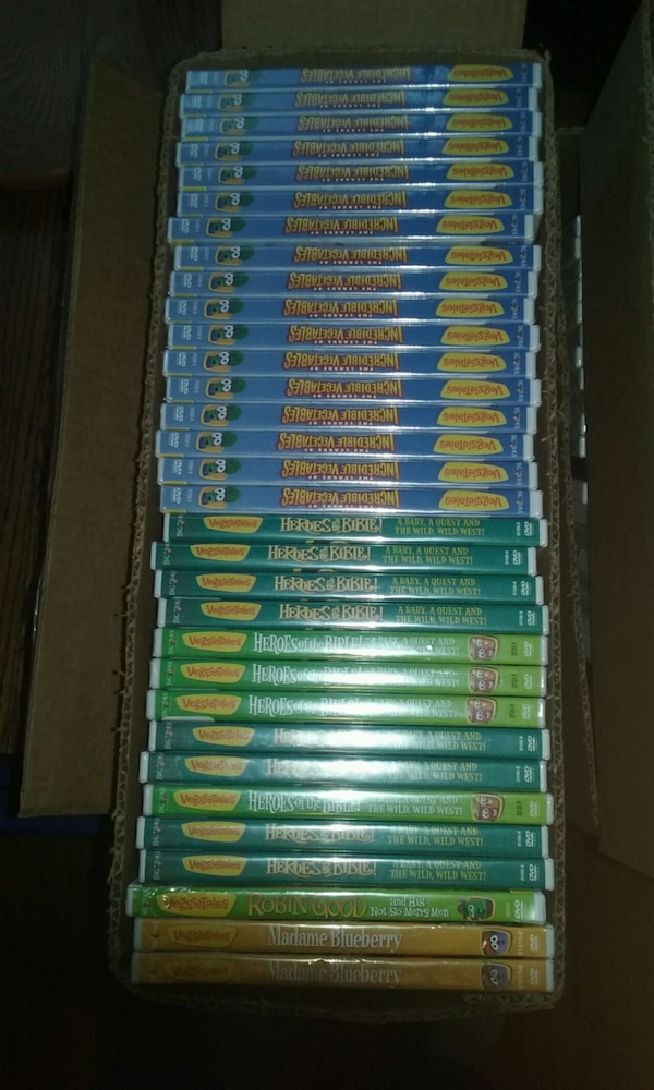 Veggie Tales DVDS $3.00 each  3