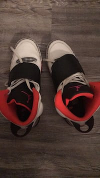 pair of white-and-red Air Jordan shoes Miami, 33179