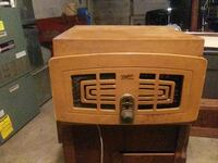 Zenith Radio/ Turntable Retro Parkton, 21120