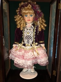 Girl doll in pink and white floral dress in beautiful wooden case Lake Jackson, 77566
