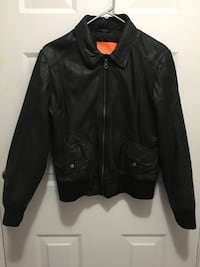 Fashion leather coat with good condition  埃德蒙顿, T6J 2H8