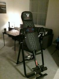 Body vision inversion table with heat and massage