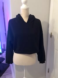 Fashion Nova cropped sweater New never worn size Large