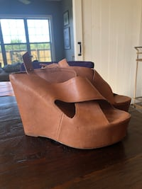 Dolce Vita Wedges Size 8.5