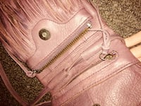 Women's Purple Shoulder Purse!! *Gently Used* London, N5Y 2M2