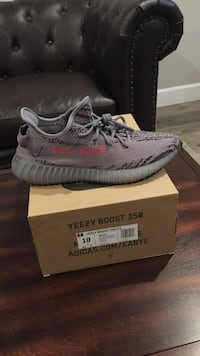 unpaired gray Adidas Yeezy Boost 350 with box Los Angeles, 90003