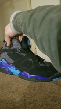 unpaired aqua Air Jordan 8 shoe Ellensburg, 98926