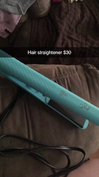 Hair straightener  Riverview, E1B 4H3