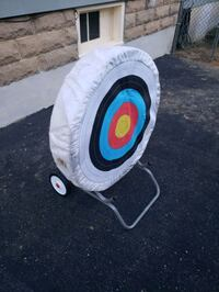 Archery Target with wheeled stand Pitman, 08071