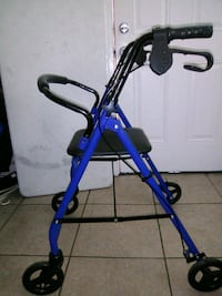 Walker with wheels and seat New Orleans, 70122