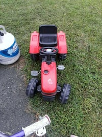 red and black ride on mower Gainesville