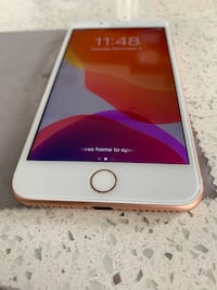 iPhone 8 Plus Rose Gold Vancouver, V6B 1T8
