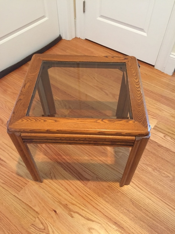 End Table - Wood/Glass