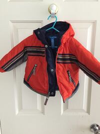 Selling 2 Puffer Jackets Size 12 Months - Great Condition  null