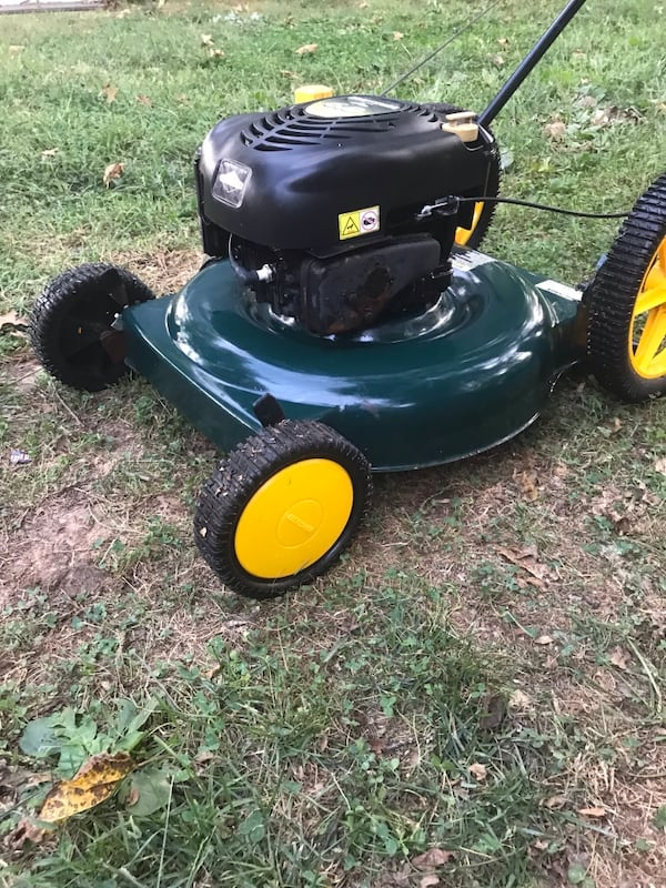 Craftsman mower- if ads up it's available a8b80bdc-2edf-4e5f-9451-89322f353e77
