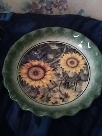 grey, green, and white sunflower print ceramic plate Lindsay
