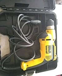 yellow and black DeWalt cordless drill Independence, 64050
