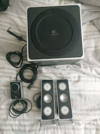 Logitech Z4 speakers, subwoofer, and controller Vienna, 22182