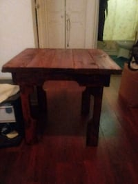 Hand made wooden table Beckley, 25801